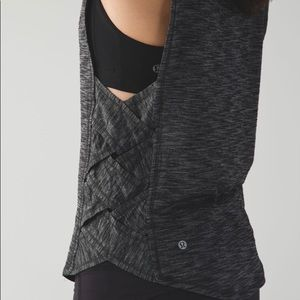 Lululemon Var-City Muscle Tank 8 Black/Grey